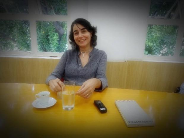 Alessandra Costa, diretora executiva da AAPG (Associação dos Amigos do Projeto Guri) em sua sala, na sede do projeto (Foto: Carlos Bozzo Junior)