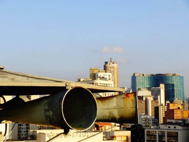 Sirene da Folha, ao fundo edifício Itália e Copan (Foto: Carlos Bozzo Junior)
