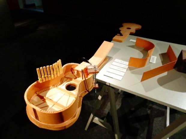 Construção de uma viola (Foto: Carlos Bozzo Junior)
