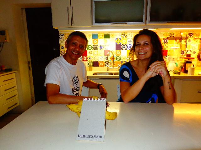 Zé Pitoco e sua aluna de zabumba e pandeiro Daniela Prioli (Foto: Carlos Bozzo Junior)