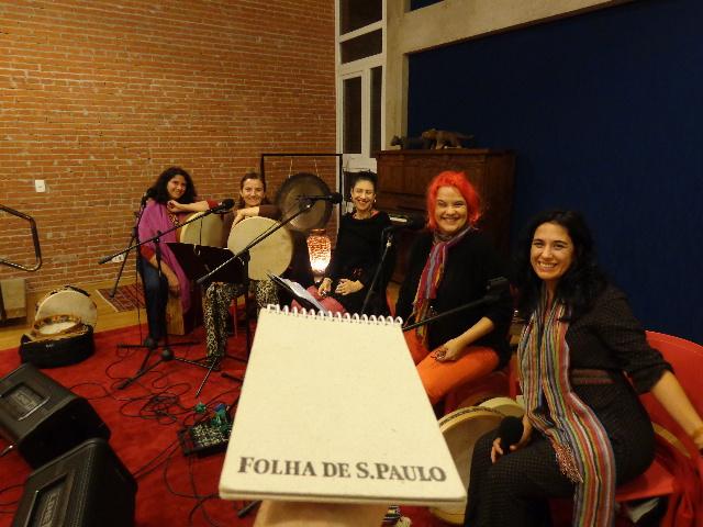 O grupo Mawaca, da esquerda para a direita, Valeria Zeidan, Angélica Leutwiller, Zuzu Leiva, Magda Pucci e Cris Miguel (Foto: Carlos Bozzo Junior)