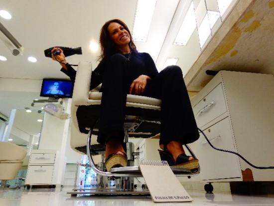A cabeleireira Gil Almeida cultiva o alto astral (Carlos Bozzo Junior)