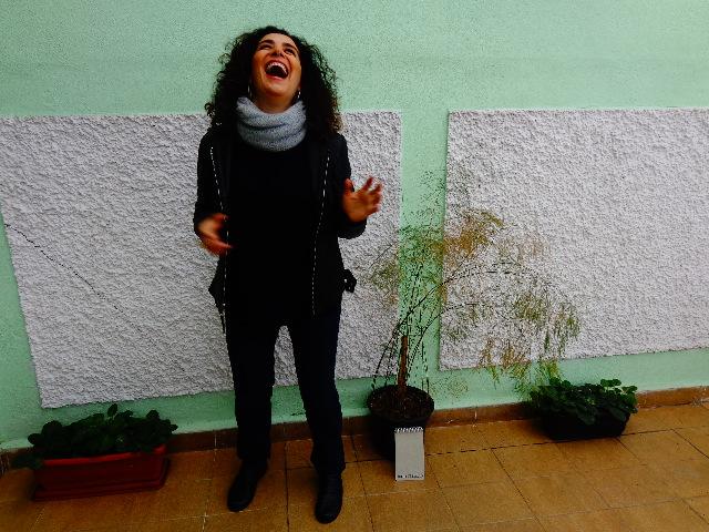 Paula Santoro cantando para o Música em Letras (Foto: Carlos Bozzo Junior)