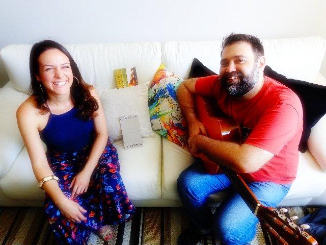 """A cantora mineira Corina Magalhães e Edu Malta que tiveram o CD """"Tem Mineira no Samba"""", indicado para o Grammy Latino 2016 (Foto: Carlos Bozzo Junior)"""