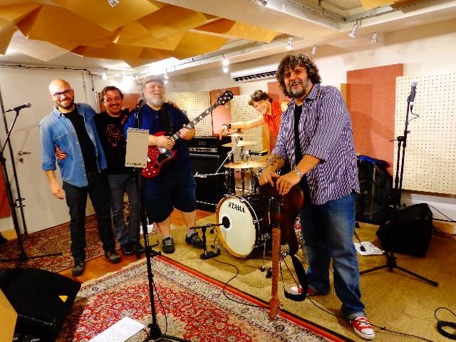 Da esquerda para direita, Ricardo Alpendre, Fernando Janson, Marcião Gonçalves, Ivan Scartezini e Xando Zupo ( Foto: Carlos Bozzo Junior)