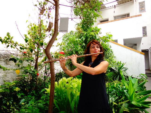 A flautista Gabriela Machado, demitida ontem da Banda Sinfônica do Estado de São Paulo (Foto: Carlos Bozzo Junior)