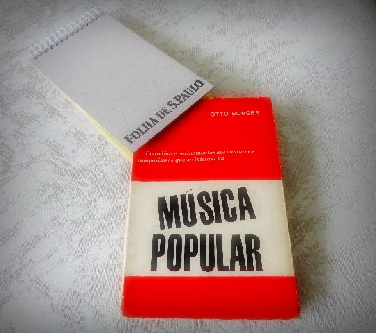 "Capa do livro ""Música Popular"", de Otto Borges (Foto: Carlos Bozzo Junior)"
