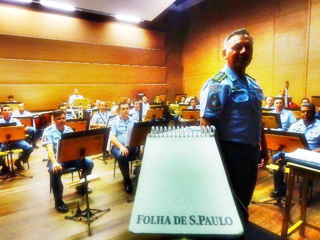 Banda Sinfônica da PM sob regência do major Nascimento (Foto: Carlos Bozzo Junior)