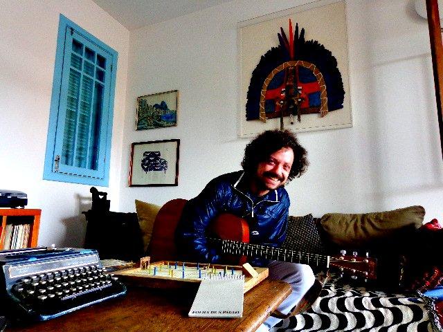 O cantor e compositor Chico Teixeira (Foto: Carlos Bozzo Junior)