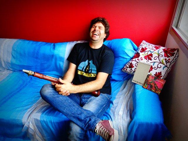 O clarinetista Alê Ribeiro em entrevista ao Música em Letras (Foto: Carlos Bozzo Junior)